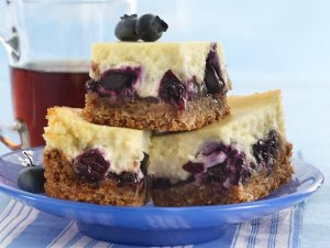 blueberry cheesecake dessert bars